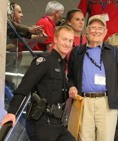 Officer Allen Jacobs and WWII Veteran Jim Roe (courtesy Honor Flight Upstate)