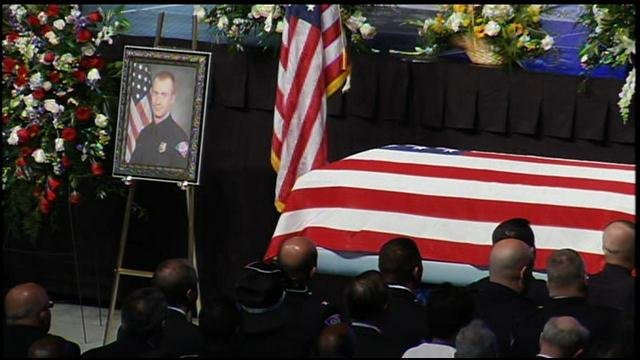 Thousands gathered for Ofc. Jacobs' funeral (FOX Carolina/ March 24, 2016)