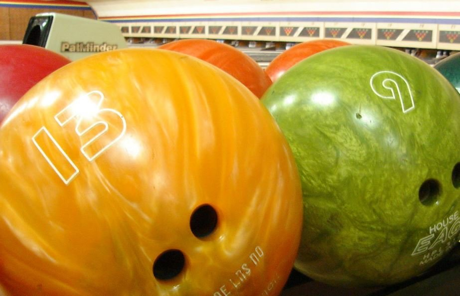 Local bowling alleys offer free bowling for kids in summer program (FOX Carolina/ May 30, 2016)