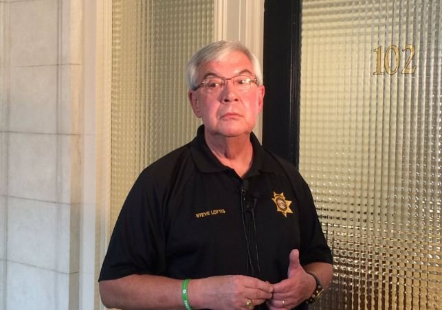 Sheriff Loftis holding a press conference on Tuesday.  (Source: Fox Carolina)