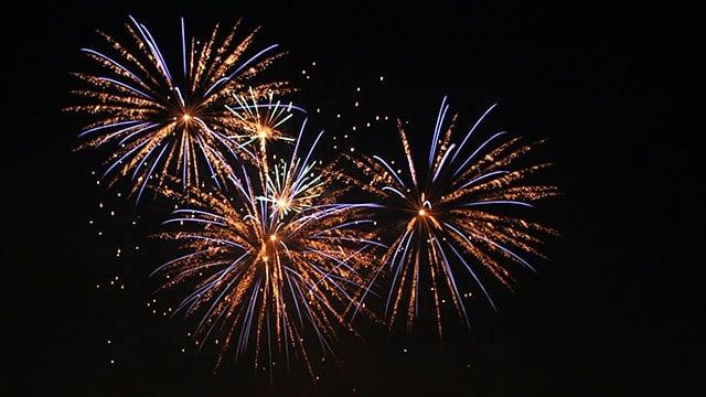 A fireworks display. (Courtesy: Wikimedia)