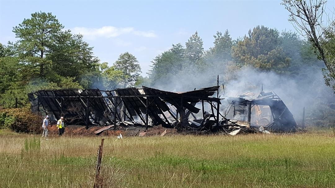Firefighters were called to the scene of an Inman barn on fire Monday morning. (FOX Carolina/ 7/18/2016)