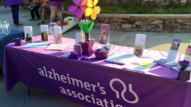 2016 Walk to End Alzheimer's (Credit: Jamie Guay)