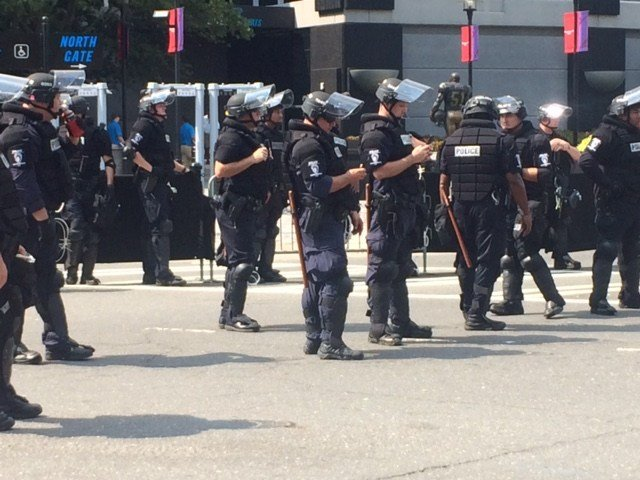 Officers in riot gear outside Bank of America stadium. (Sep. 25, 2016/FOX Carolina)