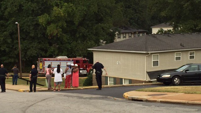 Parker District Fire Department responded to a fire at Boulder Creek Apartments Wednesday morning. (FOX Carolina/9/28/16)