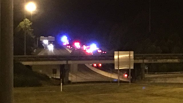 Scene of fatal crash on I-85. (Sep. 28, 2016/FOX Carolina)