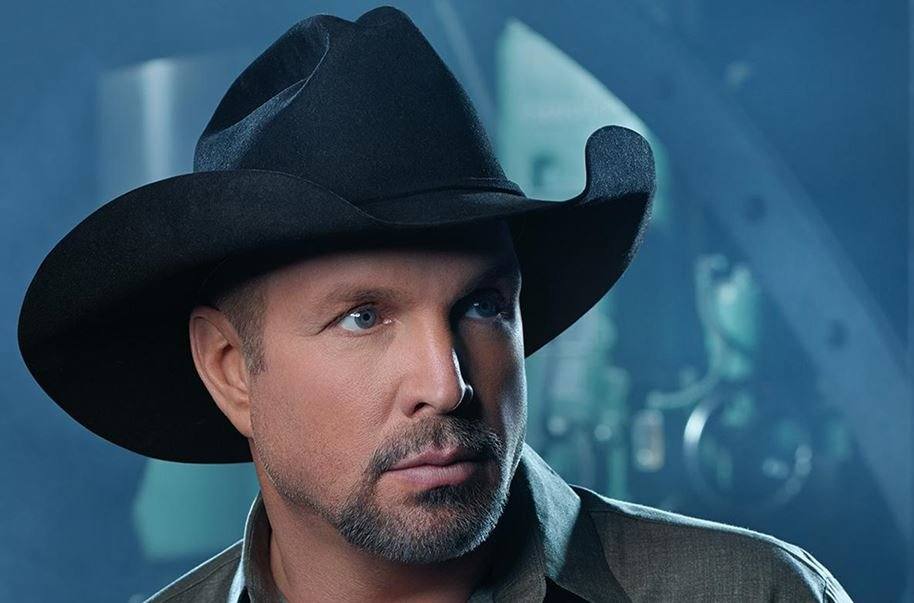 Garth Brooks (Courtesy: Varnell Enterprises)