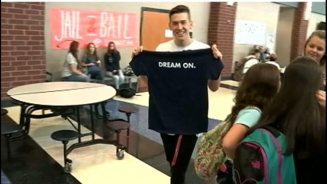 Powdersville student raised money to sponsor tiny house for the homeless. (FOX Carolina/ Oct. 11, 2016)