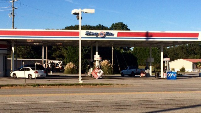 Shots fired at Stop-N-Go in Anderson County. (October 11, 2016 FOX Carolina)