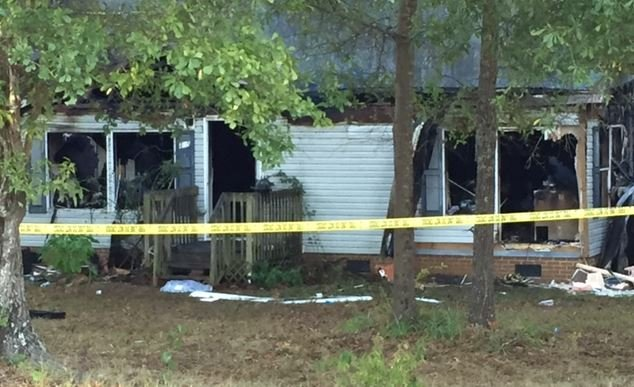 Scene of deadly house fire on Gibson Rd. (FOX Carolina/ Oct. 12, 2016)
