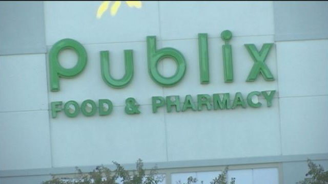 Baby returned to mother after unintentionally abandoned in Anderson Co. Publix (FOX Carolina/10/12/16)