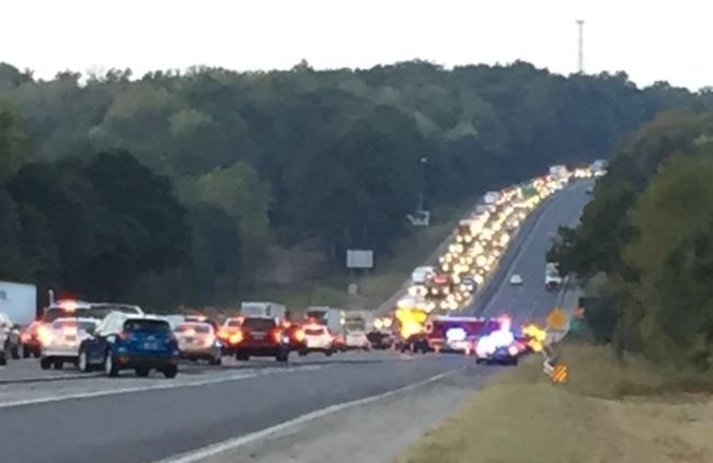 Traffic and emergency responders on I-85 South just past Exit 63 (FOX Carolina)