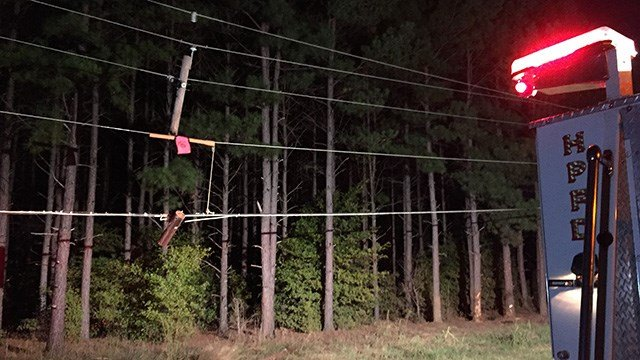 Two car collision knocked out power lines in Anderson County. (October 16, 2016 FOX Carolina)
