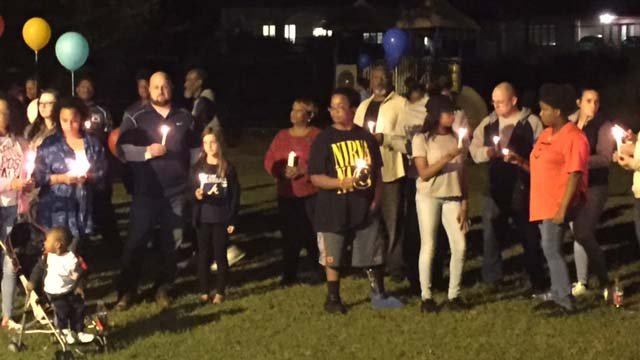A candlelight vigil was held for Deondre Brannon who was killed Tuesday while trying to steal a car. (FOX Carolina/ 10/16/16)