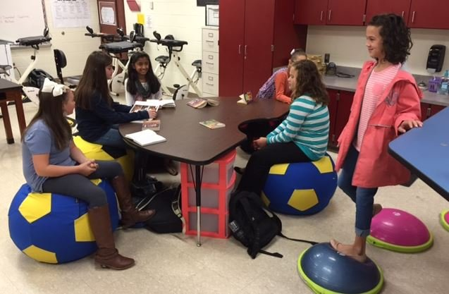 Students at work in a kinesthetic classroom (FOX Carolina/  Oct. 17, 2016)
