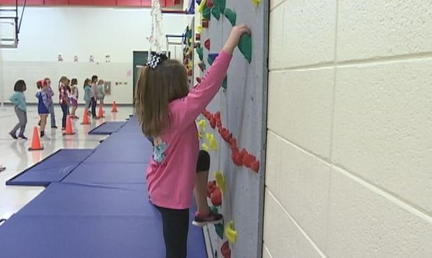 """A rock wall was installed at Oakland Elementary School, another reason the school was given the """"Whole Child"""" Award (FOX Carolina)"""