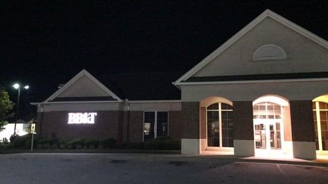 BB&T bank in Hendersonville (October 17, 2016 FOX Carolina)