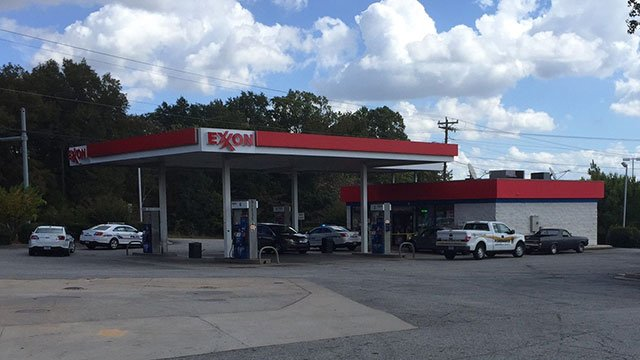 Exxon on Laurens Road. (Oct. 18, 2016/FOX Carolina)