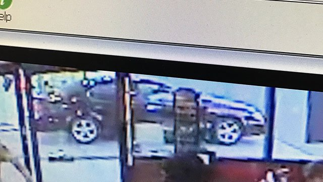Greenville police are searching for the vehicle of a suspect in an auto breaking. (Source: GPD)