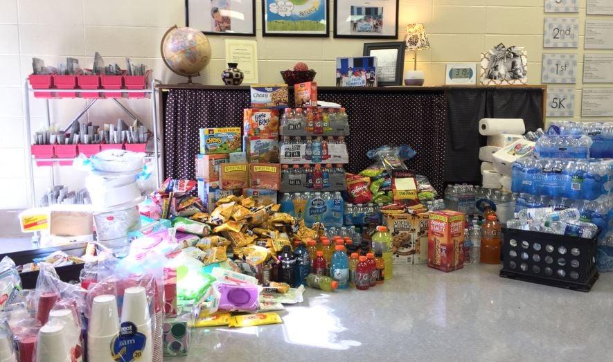 Donations being collected at Hendrix Elementary (FOX Carolina/ Nov. 17, 2016)