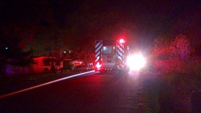 Multiple fire crews responded to a mobile home fire in Woodruff Thursday night. (FOX Carolina/ November 17, 2016)