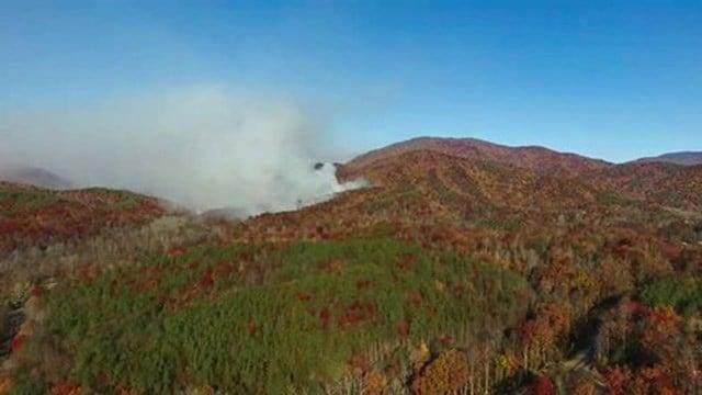 Wildfire on Curtis Creek Road. (Credit: Matt Huggins)