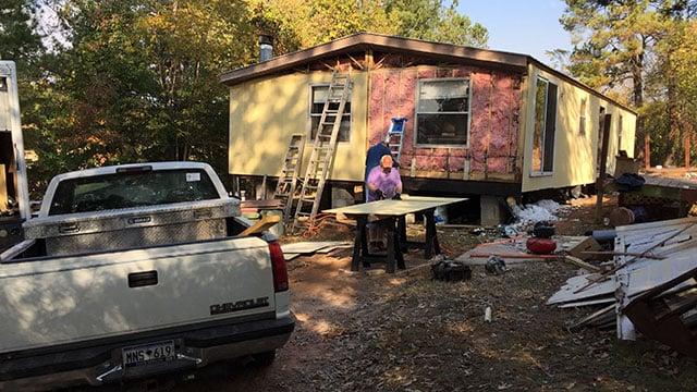 Local veteran's house remodeling. (Nov. 21, 2016/FOX Carolina)