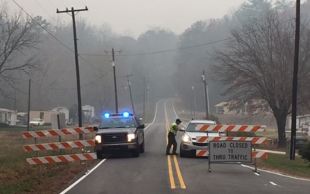 Crew blocked off a portion of Hwy 80 Wednesday morning (Nov. 23, 2016)