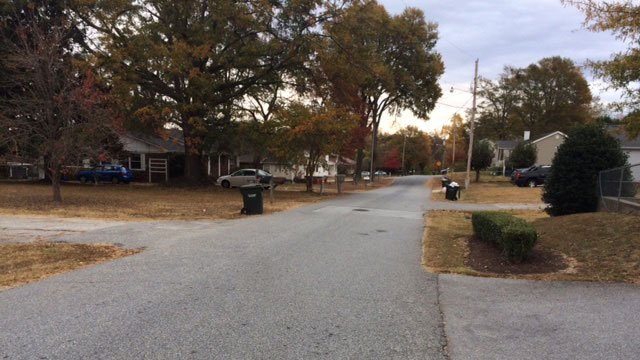 Vehicle pursuit ends on Wildwood Drive. (Nov. 23, 2016/FOX Carolina)