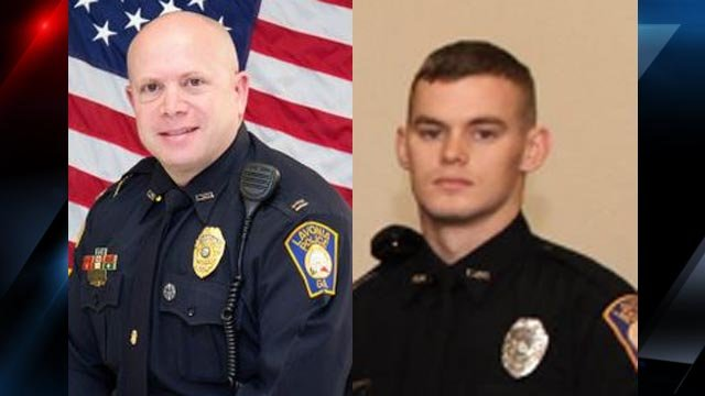 Captain Michael Schulman (left) and Officer Jeffery Martin (Courtesy: Lavonia PD)