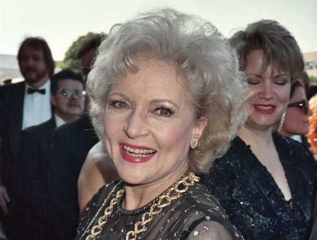 Betty White at the 1989 Emmy Awards (Wikimedia Commons/ Photo by Alan Light)