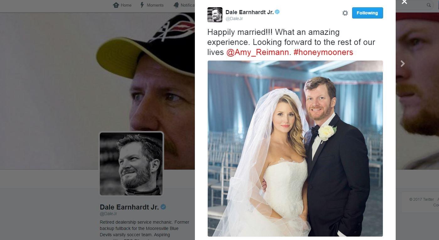 USA star NASCAR driver Earnhardt weds