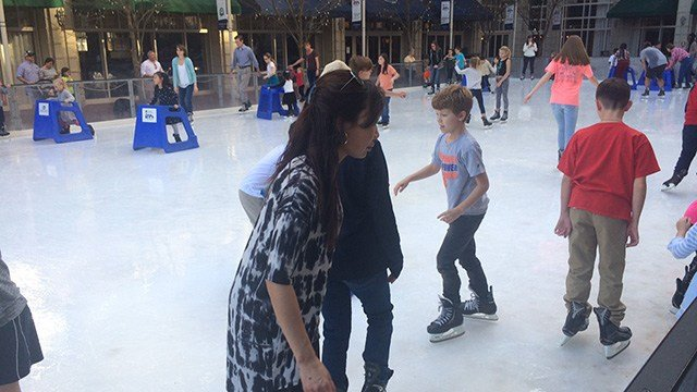 GSP honors Upstate veterans with ice skating event - FOX