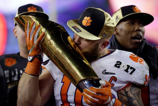 Ben Boulware with National Championship trophy (Source: Associated Press)