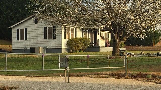 Scene of Greenville house fire. (FOX Carolina/2/23/17)