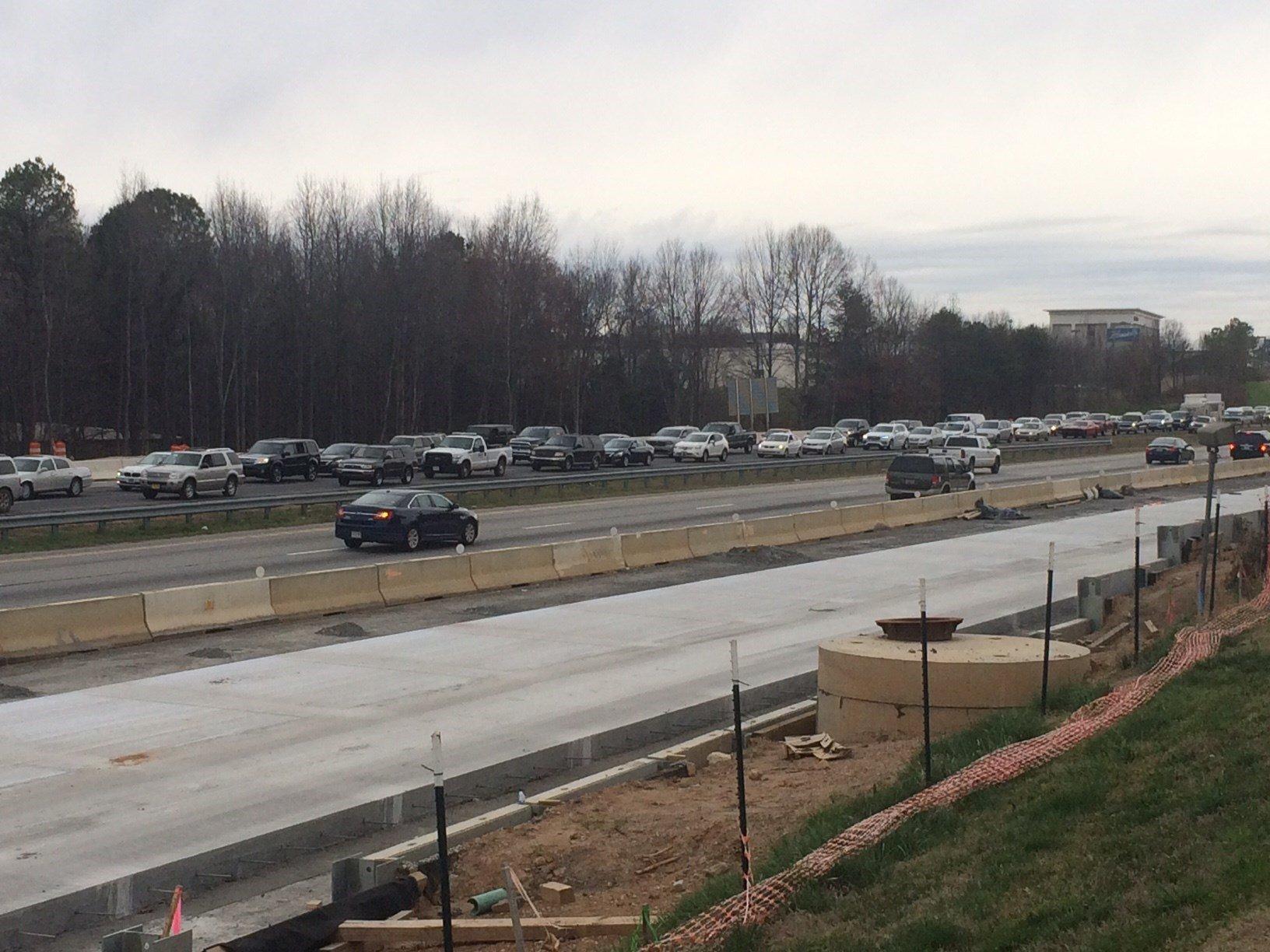 Crash shuts down I-385 (Feb. 27, 2017/FOX Carolina)