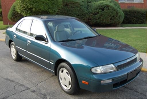 Troopers said they are searching for a Nissan Altima similar to this one. (Source: SCHP)