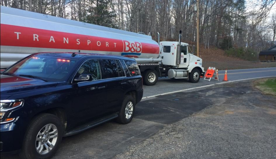 Evacuations were ordered in Nebo after a gas tanker overturned (FOX Carolina/ March 3, 2017)