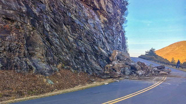 Rock slide that caused Blue Ridge Parkway weekend closure. (Source: Mike Delgado Photography)