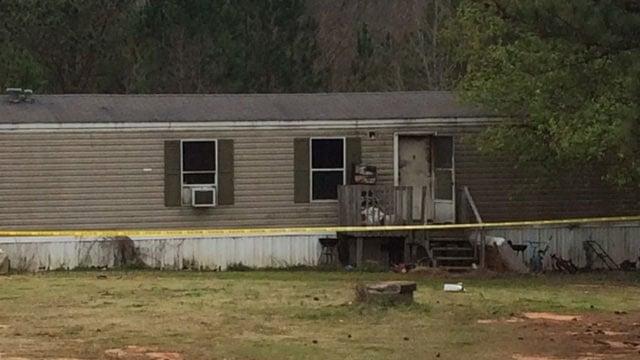 House fire on George Edward Drive (Mar. 6, 2017/FOX Carolina)