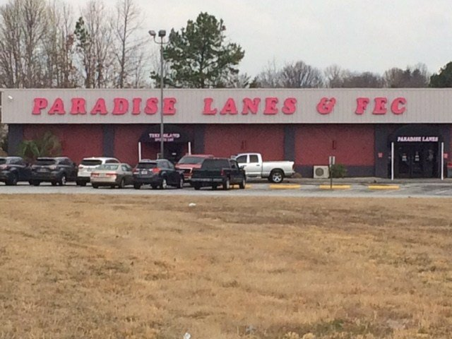 Paradise Lanes (Mar. 6, 2017/FOX Carolina)