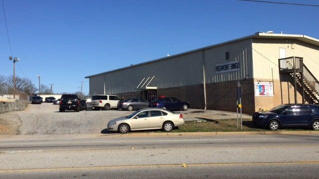 Deputies execute search warrant at bingo hall on suspicion of illegal gambling. (FOX Carolina/ 3/9/17)