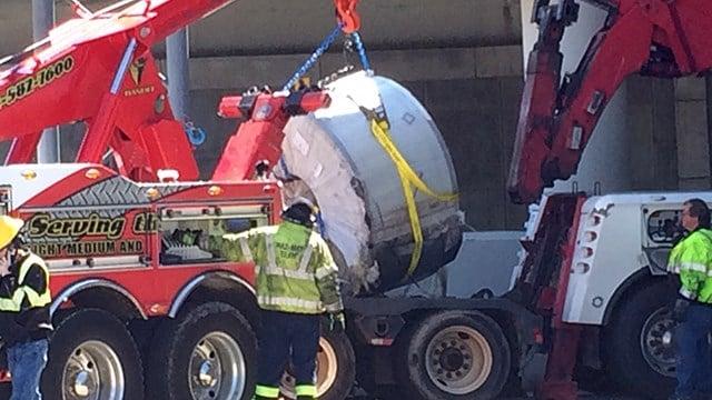 Steel roll fell from overturned truck (Mar. 16, 2017/FOX Carolina)