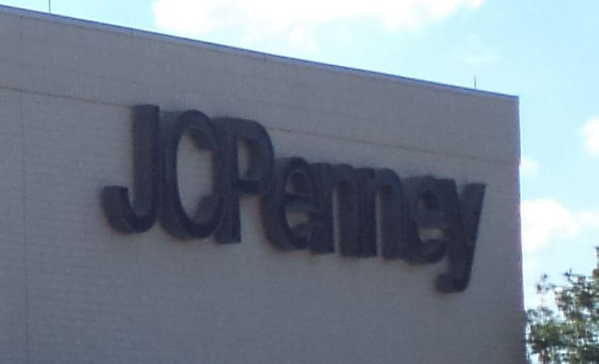 JC Penney store exterior (Wikimedia Commons)
