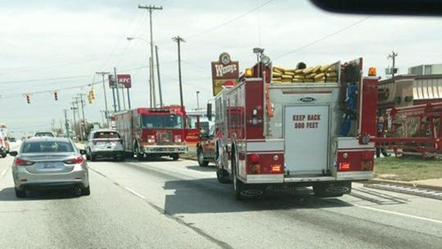 Firefighters respond to Wendy's in Greer (Source: Sam Johnson)