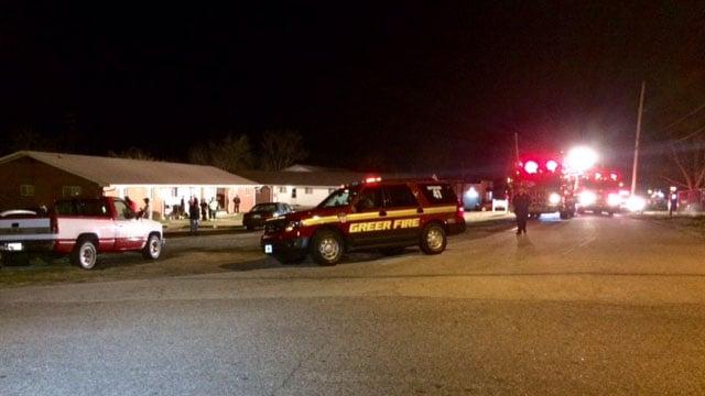 Scene of Greer apartment fire. (FOX Carolina/ 3/18/17)