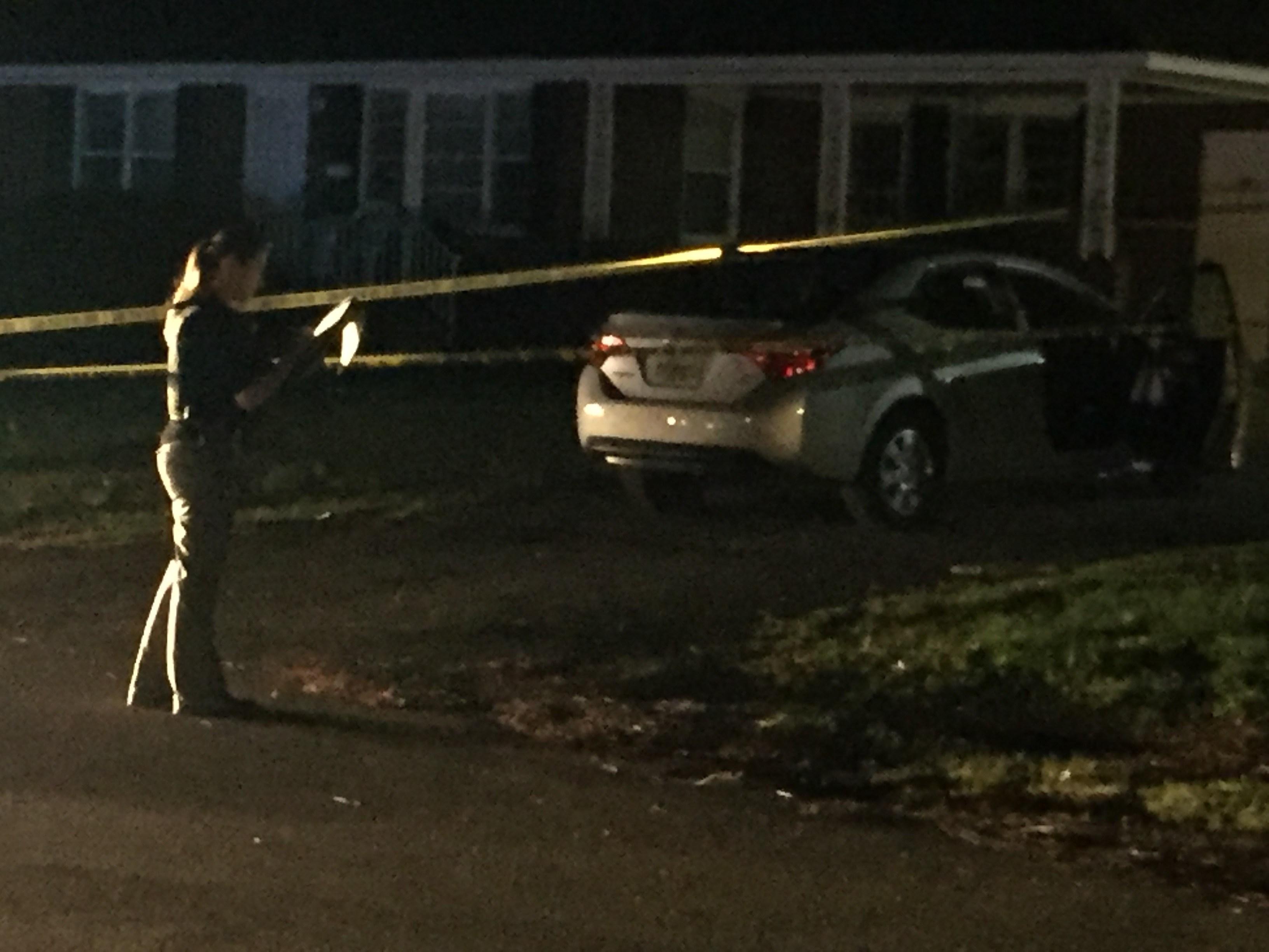 Anderson police investigate shooting near Manchester Circle (FOX Carolina: 3/25/17).