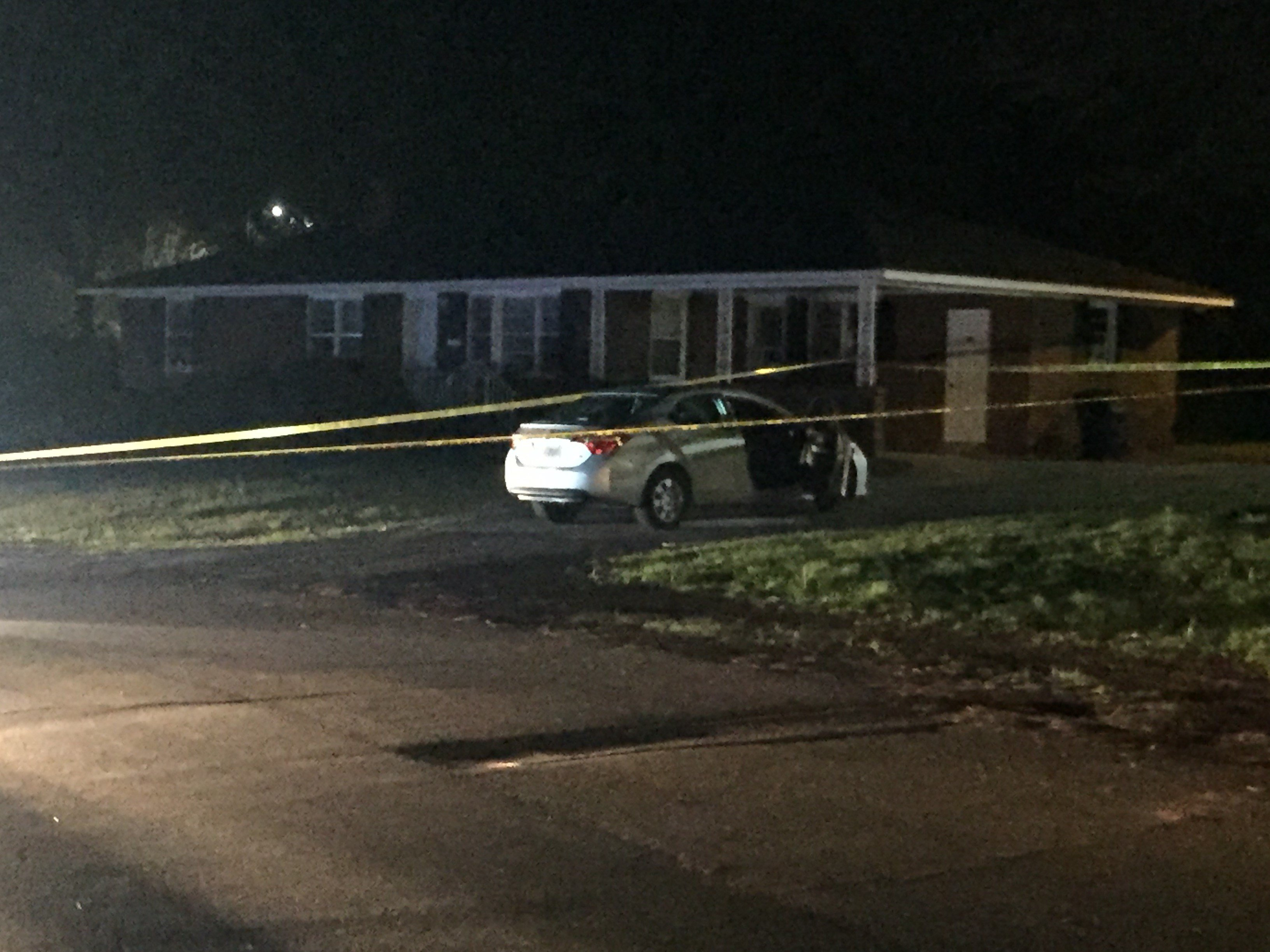 Anderson police investigate shooting near Manchester Circle (FOX Carolina: 3/25/17).