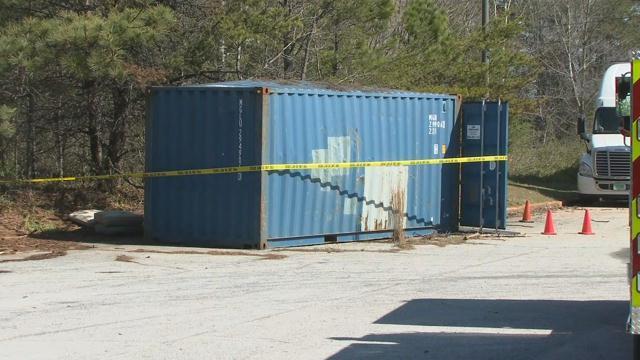 A look at the shipping container behind Miracle Hill (FOX Carolina/ May 28, 2017)