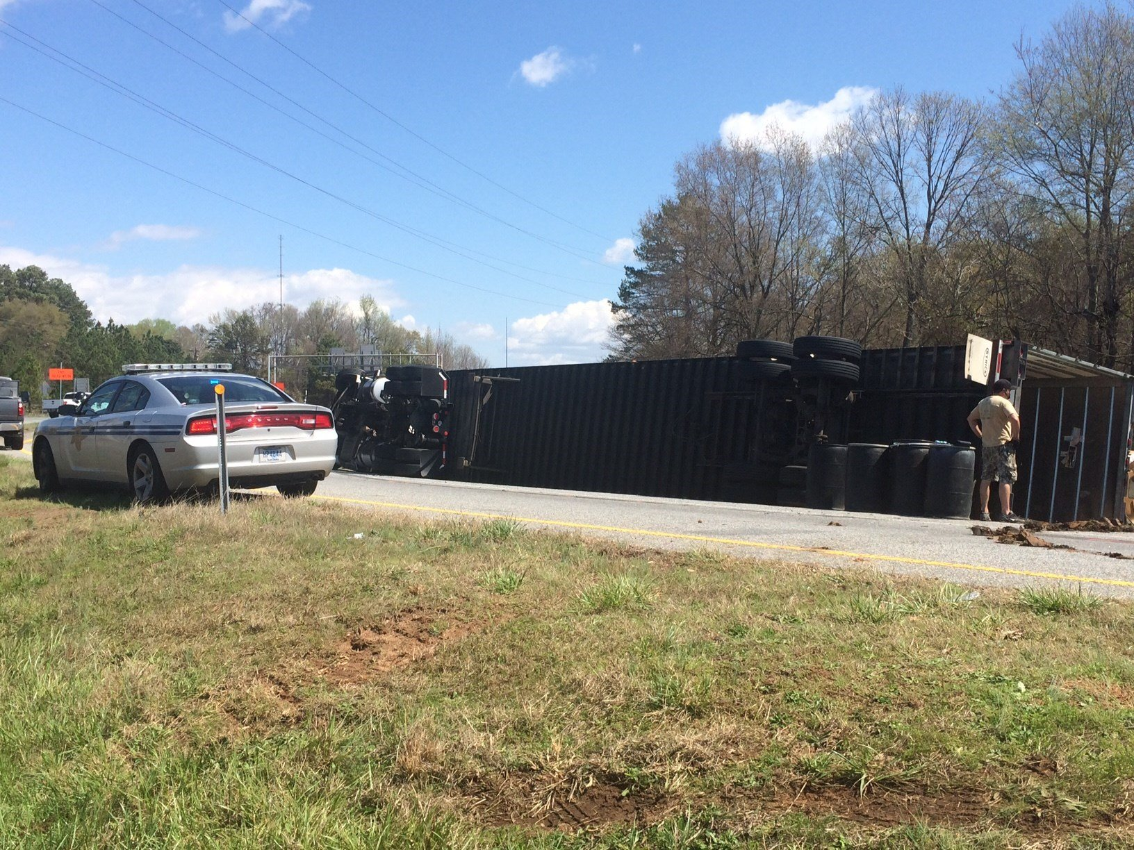 Semi overturned on interstate ramp (Mar. 28, 2017/FOX Carolina)